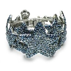 Otazu Star Constellation' Swarovski Crystal Bracelet (375689701) ($236) ❤ liked on Polyvore featuring jewelry, bracelets, nocolor, star bangle, hinged bangle, swarovski crystal jewelry, star jewelry and swarovski crystal bangle