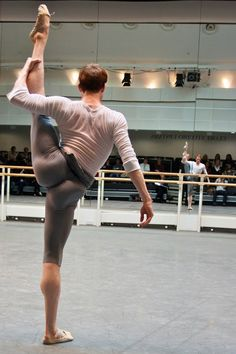 Ed Watson of the Royal Ballet, ladies and gentlemen.  Ballet men know what real strength is