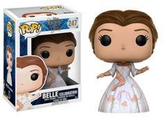 Questo personaggio Pop! di Funko ispirato a Belle diventerà di sicuro il gioiello della tua collezione! Realizzato in vinile, il personaggio ritrae Belle nel suo leggendario abito bianco da cerimonia, lo stesso che indossa nel film live-action.