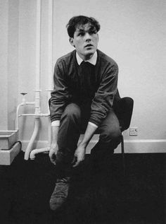 The Associates Fotos de 80s Pop, Dundee, Post Punk, Music Artists, Portrait, My Love, People, Fictional Characters, Image
