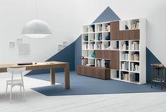 SPALLA - Il mondo del living a spalla permette di comporre librerie ...