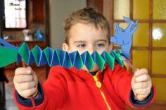 Activité Enfants - Bricolage - Dragon du Nouvel An Chinois Fait Maison - DIY - Découpage - Collage - Pliage - Guirlande de Papier - issu du site / blog Maman Sur Le Fil