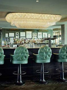 Soho House Berlin Club Floor Bar chand._500x667.jpg (450×600)