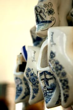 Delft tile decorated klompen(clogs) x Dutch Wooden Shoes, Wooden Clogs, Love Blue, Blue And White, Amsterdam, Japanese Travel, Going Dutch, My Heritage, Delft