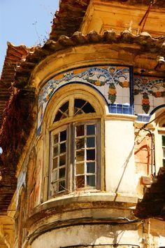 Aveiro - Uma janela lindamente decorada Portugal