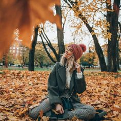 Photography Poses Women, Autumn Photography, Creative Photography, Travel Photography, Image Photography, Shotting Photo, Foto Blog, Autumn Aesthetic, Poses For Pictures
