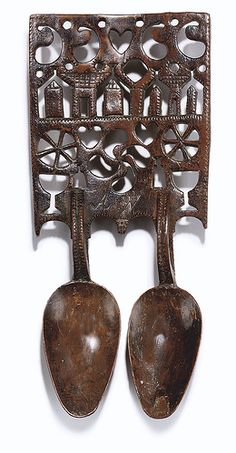 probably fruit wood, superb Welsh love spoon: ... as good as it gets