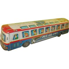 Up for your consideration is this Vintage Tin Litho Pan Am Air Lines Bus. Made in Japan.  Large Tin Bus has Litho in Red, White & Blue..