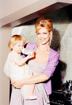 ☆ Claudia Schiffer   Photography by Ellen von Unwerth   For Elle Magazine France   February 2007 ☆ #claudiaschiffer #ellenvonunwerth #elle #2007