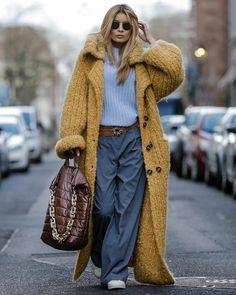 Fashion Casual, Knit Fashion, Fashion Looks, Fashion Outfits, Womens Fashion, Fashion Trends, Fashion Art, Style Fashion, Street Looks