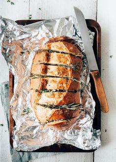 Dude Food, A Food, Pizza Recipes, Cooking Recipes, Healthy Recipes, Yummy Snacks, Yummy Food, Feel Good Food, Garlic Bread