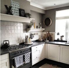 Likes, 27 Comments - Apartment Therapy ( tour this charming Dutch home filled with antiques and flea market finds. Kitchen Time, New Kitchen, Kitchen Dining, Kitchen Decor, Kitchen Shelves, Kitchen Cabinets, Kitchen Appliances, Ikea Kitchen Design, Kitchen Interior