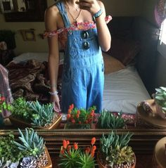 Dislike overalls n I don't think I'll ever give them a chance again after the 90's....but there's something about this picture that I love?!