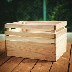 試しに作ってみた。 少し修正して量産化、見せる収納を極めたい #ボックス#BOX #収納#ウッドデッキ #DIY#どこかで見たデザイン #キャンプ に使えるかな?