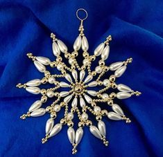 Twelve Tribes of Israel Star Beaded Christmas Decorations, Beaded Ornaments, Christmas Crafts, Beaded Snowflake, Christmas Jewelry, Christmas Ideas, Xmas, Christmas Tree, Gold Beads