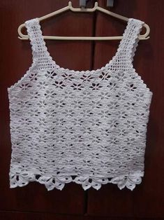 This Pin was discovered by Aur Débardeurs Au Crochet, Crochet Hood, Pull Crochet, Gilet Crochet, Mode Crochet, Crochet Jacket, Crochet Crop Top, Crochet Cardigan, Crochet Stitches