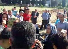 BBC Türkçe servisi, hakkındaki iddiaların yalan olduğuna ilişkin kanıt olarak bu fotoğrafa sitesinde yer verdi.