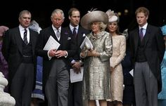 Members of Britain's royakl famly leave St Paul's Cathedral after a thanksgiving service to mark the Queen's Diamond Jubilee, in central London