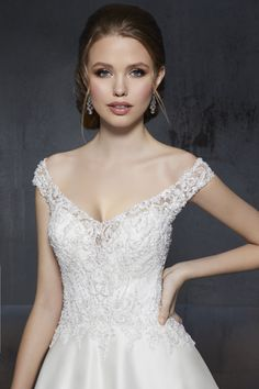 Madeline Gardner New York - Wedding dresses and bridal gowns New York Wedding Dresses, Princess Wedding Dresses, Designer Wedding Dresses, Wedding Gowns, Mori Lee, Sleeve Styles, Bridal Gowns, One Shoulder Wedding Dress, Ball Gowns