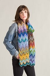 Ravelry: Magic Ball Feather & Fan #Scarf #free pattern by Susan Mills