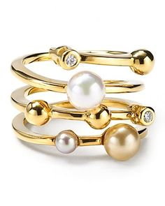 Majorica Endless Simulated Pearl Ring | Made in Spain | 18K gold-plated sterling silver/organic man-made pearls/glass | Photo may have been enlarged and/or enhanced | Web ID:502608