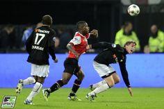 Breukers in duel met Schaken. Heracles was in de Kuip niet opgewassen tegen Feyenoord. Er werd met 4-1 verloren. Overtoom redde de eer namens de ploeg uit Almelo. 03-05-2012