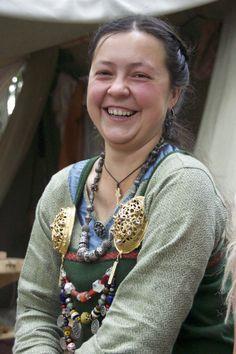 Viking Reenactress Katia... There's no way to hapiness, happiness IS the way! http://vikingsnitt.blogg.no/