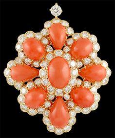 VAN CLEEF & ARPELS Diamond Coral Pin