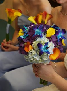 kellysflowers_blue_orchid_with_hydrangea_and_calla_lily_bridal_bouquet