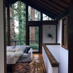 New House Simple Modern Cabin Ideas Interior Architecture, Interior And Exterior, Interior Design, Modern Cabin Interior, Modern Cabin Decor, Style At Home, Decoration Inspiration, Decor Ideas, Cabins In The Woods