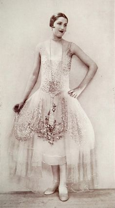 Paris Fashion - 1926 - Dress 'Aurore' by Boue Soeurs