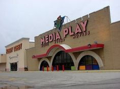Media Play - yep went there and I think this is the one on the west side of Columbus, because it was in the old Children's Palace building next to Hobby Lobby City Of Columbus, Columbus Ohio, 90s Childhood, Childhood Memories, Showbiz Pizza, Circuit City, Hollywood Video, Detroit History, School Memories