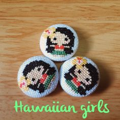 Items similar to Cross stitch covered buttons/brooches/magnets - Hawaiian girls on Etsy Kawaii Cross Stitch, Mini Cross Stitch, Cross Stitch Embroidery, Cross Stitch Patterns, Hawaiian Crafts, Hawaiian Girls, Hula Girl, Summer Crafts, String Art