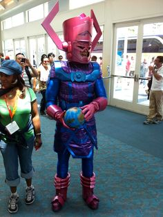 that's some *$#% serious Galactus cosplay goin on at 2012 SDCC