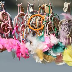 Bring a little natural detail for your DIY project with our range of finely coated feather for decor, available in multi-colours and sizes. Weird Birds, Inflatable Furniture, Plaster Art, 90s Childhood, Childhood Memories, Native American Art, Puzzle Pieces, Wind Chimes, Diy Projects