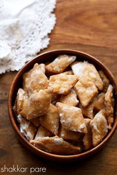 shakkar pare recipe - north indian crispy sweet, flaky fried flour crispies coated with sugar syrup #diwali #dessert.