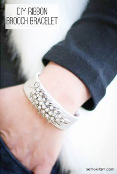 DIY: Bracelet With Old Brooches