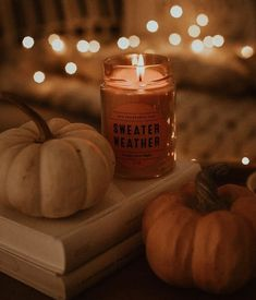 Spooky and beautiful Halloween decor ideas! Fall Pictures, Fall Photos, Halloween Season, Fall Halloween, Autumn Cozy, Autumn Harvest, Autumn Leaves, Autumn Aesthetic, Fall Wallpaper