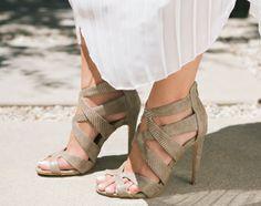 lovely heel sandals//