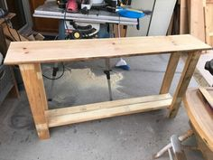 DIY Farmhouse Entry Way Table Farmhouse furniture is super trendy right now, but I'd like to share this simple build with you! Build A Farmhouse Table, Rustic Farmhouse Decor, Farmhouse Furniture, Diy Furniture, Modern Furniture, Country Furniture, Farm Table Diy, Rustic Farmhouse Entryway, Furniture Design