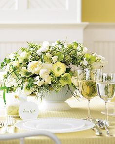 peach and ivory wedding reception menus | Green-and-White-Sweet-Pea-Ranunculus-Centerpiece