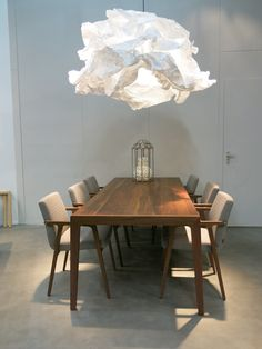 De nieuwe Proplamp pendant lamp, een uniek product met een even unieke uitstraling. Margje Teeuwen en Edwin Zwiers hebben de handen ineen geslagen om tot dit vernieuwende design te komen.