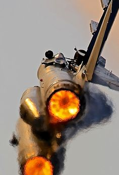 See a picture of an F-14 Tomcat and start singing Kenny Loggins 'Danger Zone' to yourself...