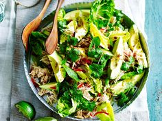Delicious and healthy! Soft poached chicken salad with creamy avocado and sweet green papaya - a summer inspired dinner perfect for any time of the year!