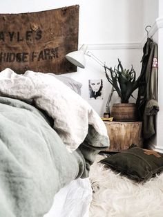 Celebrate your mornings with Eve Sleep! Stonewashed linen is a staple in any bedroom so have a look at these beautiful options! There's a giveaway where you could win your own too! #bedroom #bedding #linen #sleep #lovemorningswitheve #morning #bedroomdecor #bedroom #bedromideas #bedroomdesign #bedroominteriordesign #bedroomhomedecor #decor #homedecor