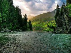 Neelum river, pakistan
