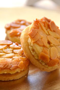 Bee sting cookies with eggnog filling - cake recipes with eggnog - Backen - Dessert Pastry Recipes, Baking Recipes, Cake Recipes, Snack Recipes, Dessert Recipes, Snacks, Food Cakes, Easy Cookie Recipes, Sweet Recipes