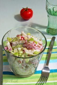 cucumber avocado salad - very good IF avocados are ripe enough! Cucumber Avocado Salad, Feta Salad, Fruit Salad Recipes, Snack Recipes, Healthy Recipes, Hungarian Recipes, Veggie Dishes, Skinny Recipes, Soup And Salad