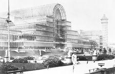 Architecture - The Crystal Palace, Hyde Park, London. Designed by Sir Joseph Paxton. Hyde Park, Architecture Images, Industrial Architecture, Victorian Architecture, South London, Old London, The Crystal Palace, Bauhaus, Art Et Design