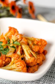 Stir-fried Cauliflower with Tomato Sauce